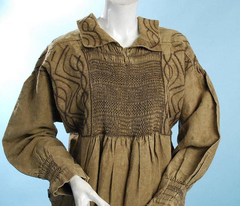 Early English Moss Green Linen Shepherd Or Workwear